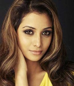 Madhura-Naik-as-Tanya-actress-cast-on-Forever-Yours-Starlife