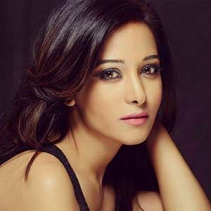 Preetika-Rao-as-Mohini-actress-Cast-on-Waiting-for-my-love-Starlife