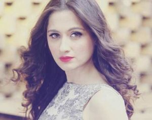 Sanjeeda-as-Kamini-actress-Cast-on-Waiting-for-my-love-Starlife