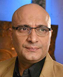 Amit Behl as Manohar Sinha Cast on The Crossroads StarLlfe