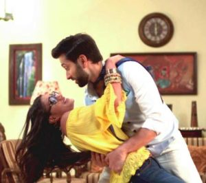 Shivika Have Fun On The Run