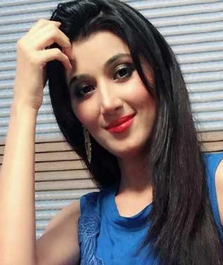 Anwesha Realname Nikunj Malik cast on Geet starlife